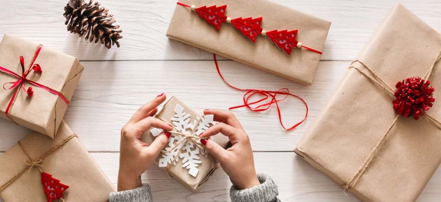 Make your own decorations and gifts from reusable or recycled products