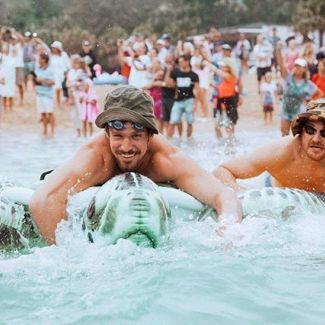 @manlyinflatableboatrace is this weekend at Shelly Beach! 🌊😀