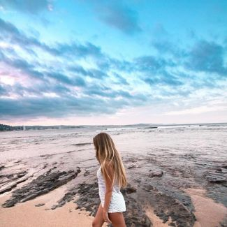 @kaedeker making Long Reef beach look like a absolute dream!! 🌙 @aero.aus