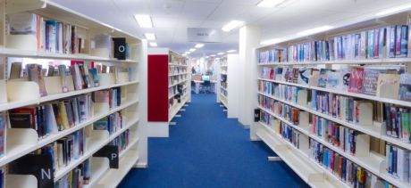 Warringah Mall library